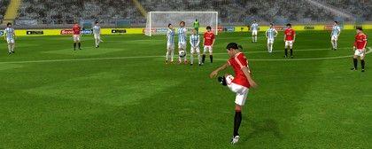 Dream League 2016 - povedená varianta k FIFA (88 %)